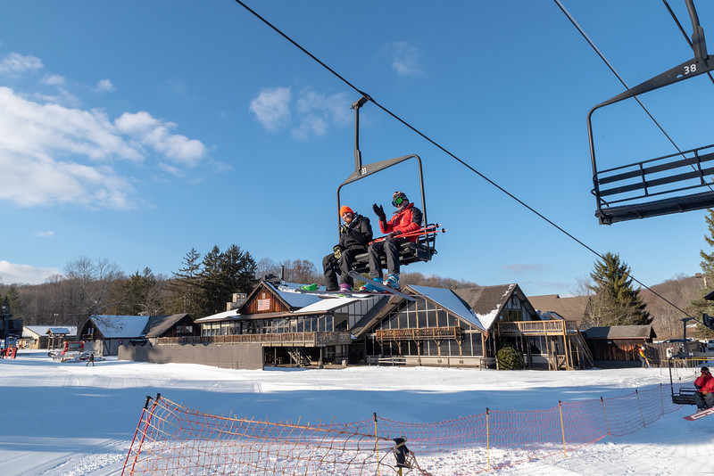 Opening-Day_12-7-18_Snow-Trails-70714.jpg