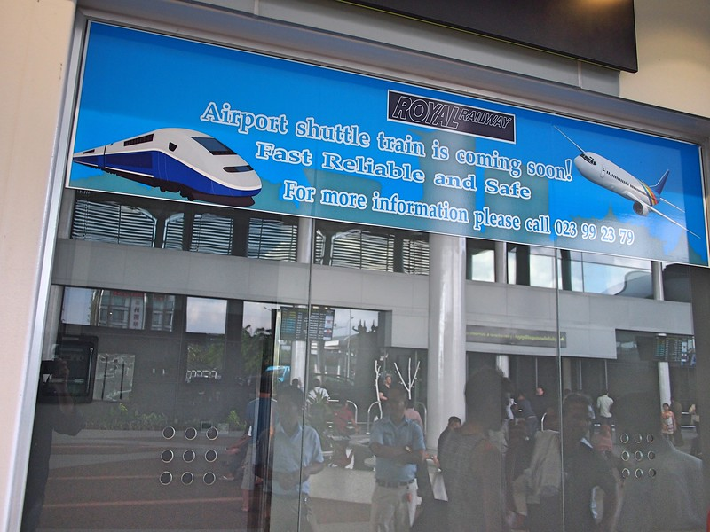 P1069781-train-ticket-office.jpg