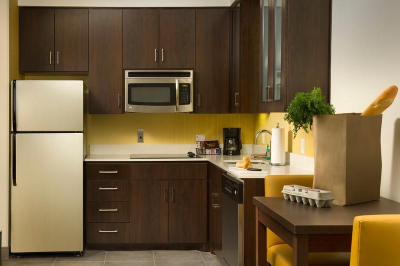 15 - Kitchen Area - RI Tyler.jpg