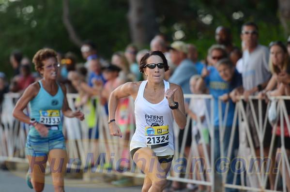 USATF Women's Masters Mile Finish Gallery 2 - 2016 Crim