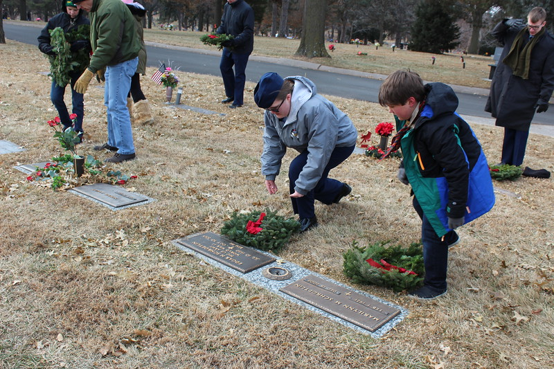 Wreaths Across America 12.JPG