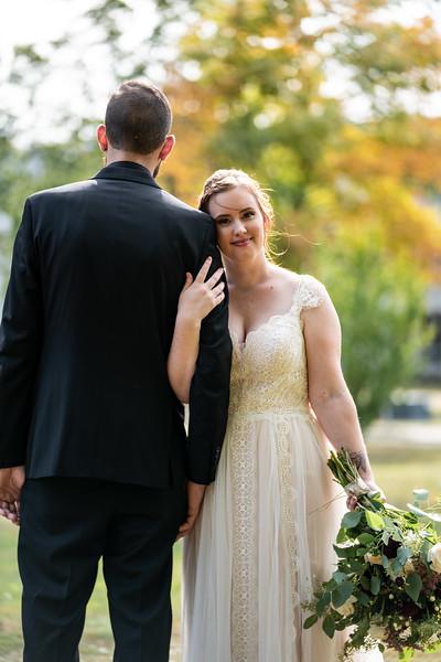 rustic_ohio__fall_barn_wedding-133.jpg