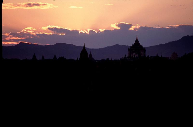 Myanmar1_050.jpg