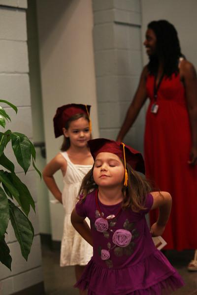 2012May18_MTA Kinder Grad_9822.JPG