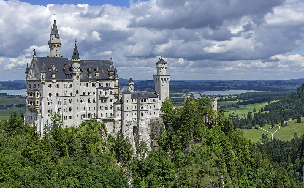 Neuschwanstein Castle -castles in Germany