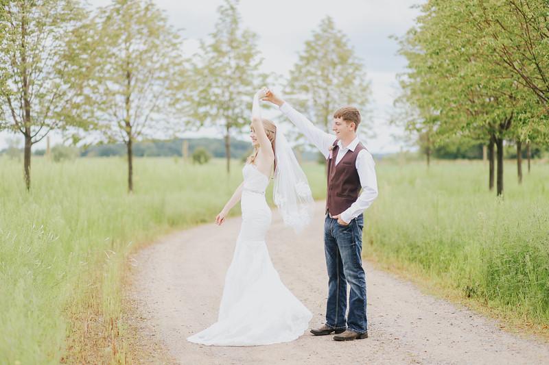 Krotz Wedding-122.jpg