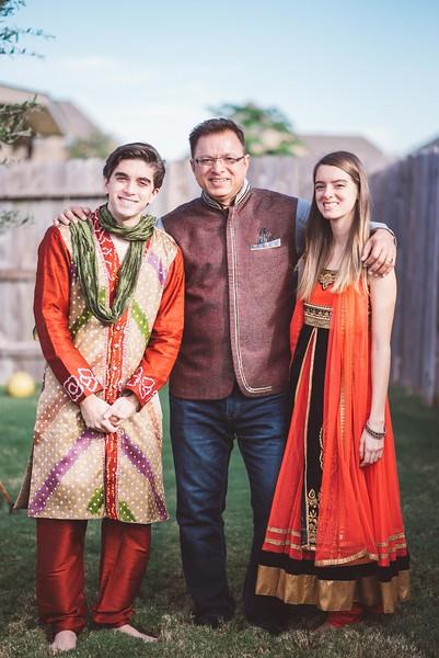 Smiral + Fae - Grahshanti & Mehndi - D600-7068.JPG
