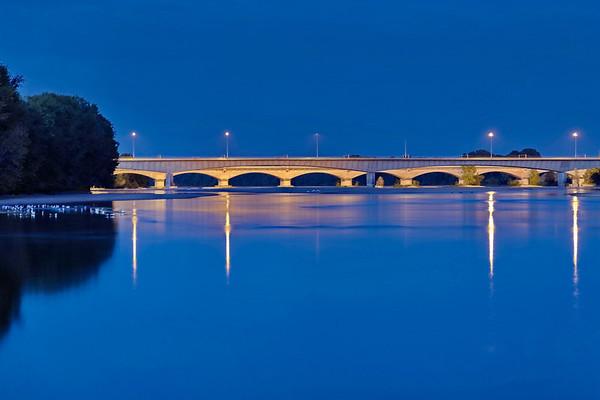 Orléans - La Loire le soir