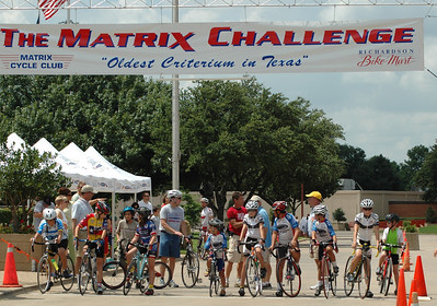 additional photos of the 14 and under race by Jerry Hougen