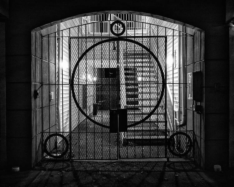 Circles in a Gate