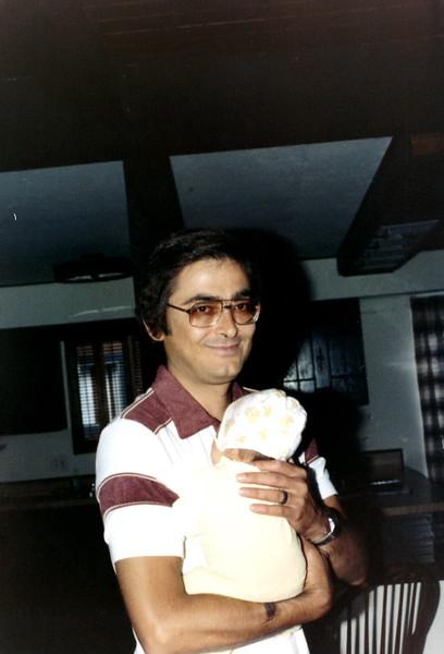 121183-ALB-1981-11-077.jpg