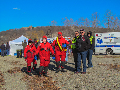 1-3-17 Polar Plunge Stand-By,  Peekskill River Front, Photos By Robert and Susan Rimm