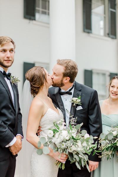 471_Ryan+Hannah_Wedding.jpg