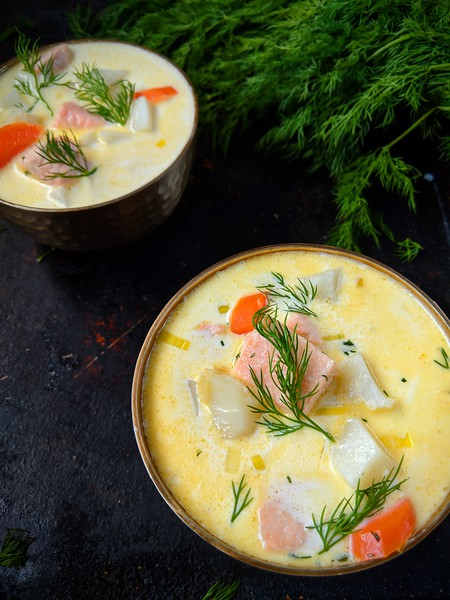 Lohikeitto Finnish Salmon Soup dark 3.jpg