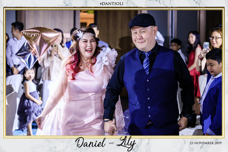 Wedding of Daniel & Lily (Roving Photography)