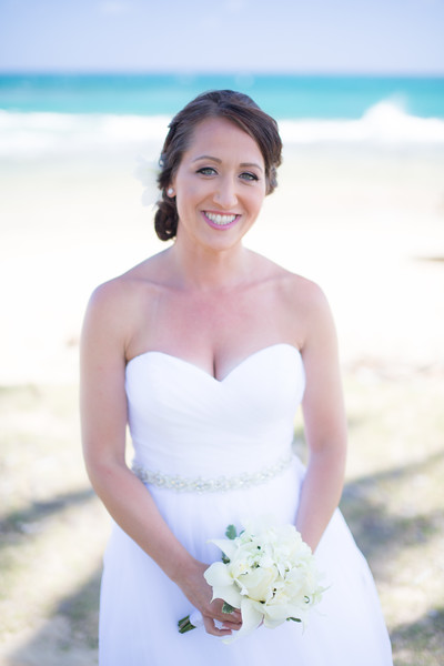 gillin beach kauai wedding-13.jpg