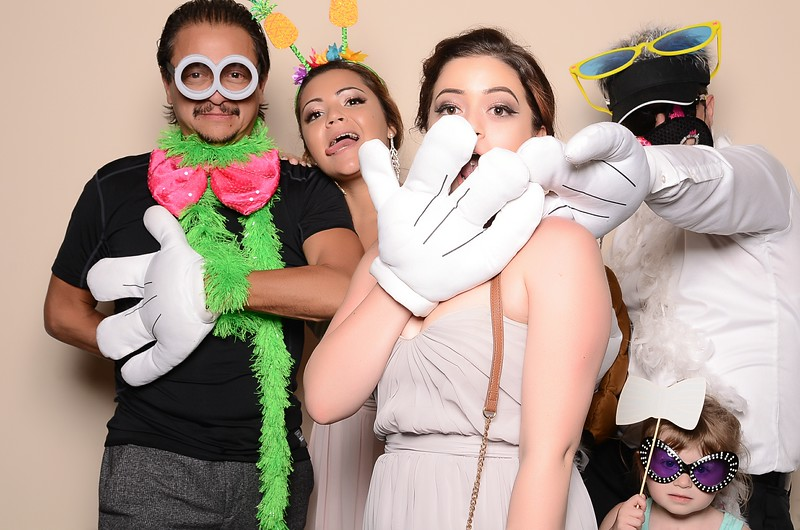 20160910_Anacortes_Photobooth_MoposoBooth_GraceIan-100.jpg