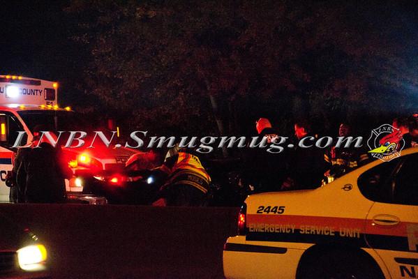 Uniondale OT Auto S/B Meadowbrook Pkwy. 11-7-11