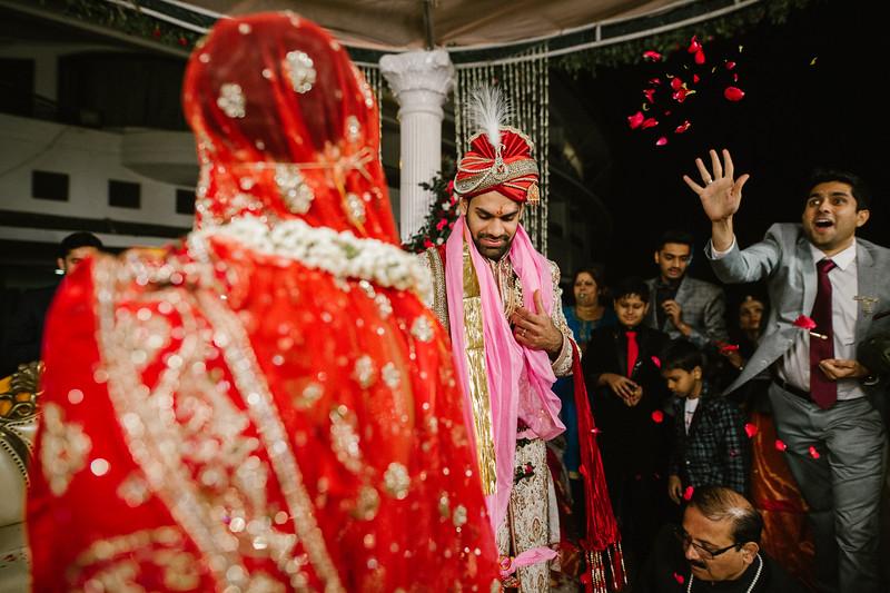 Candid Wedding Photographer Ahmedabad-1-193.jpg