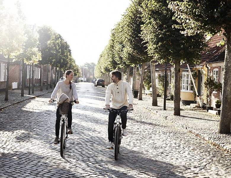 Vantage-Biking-1.jpg