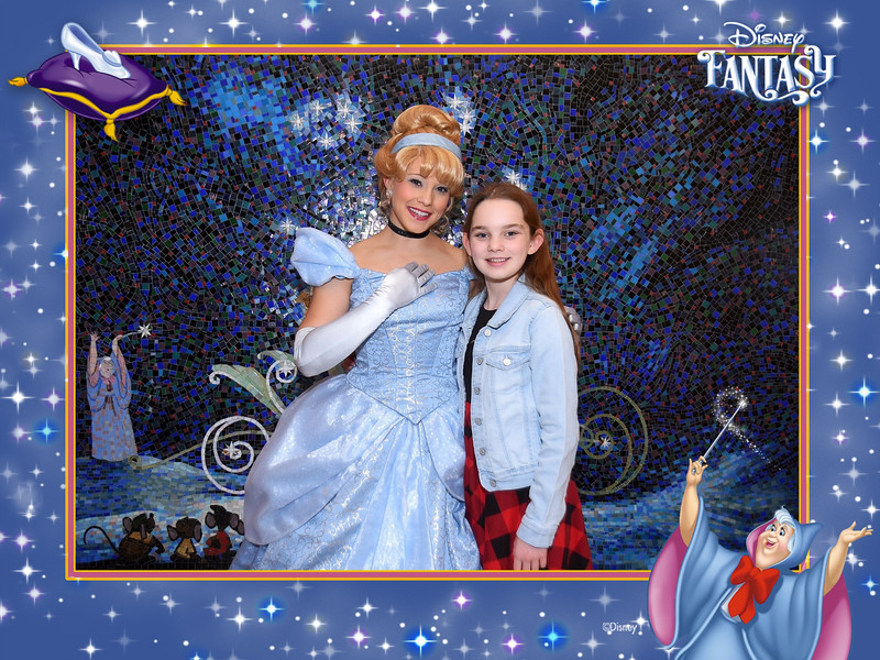 403-124327816-Princesses P Cinderella 3 MS-49588_GPR.jpg