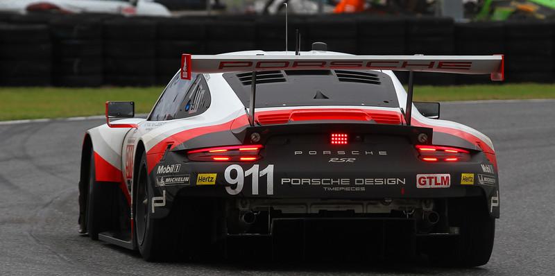 Roar17_1646-#911-Porsche-ALT.jpg