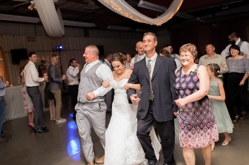 Wheeles Wedding  8.5.2017 02678.jpg