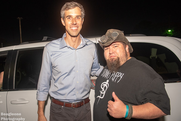 Beto O'Rourke rally at the Lizard Lounge