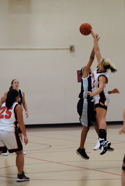 OE fresh. girls Vs Sandwich 004.JPG