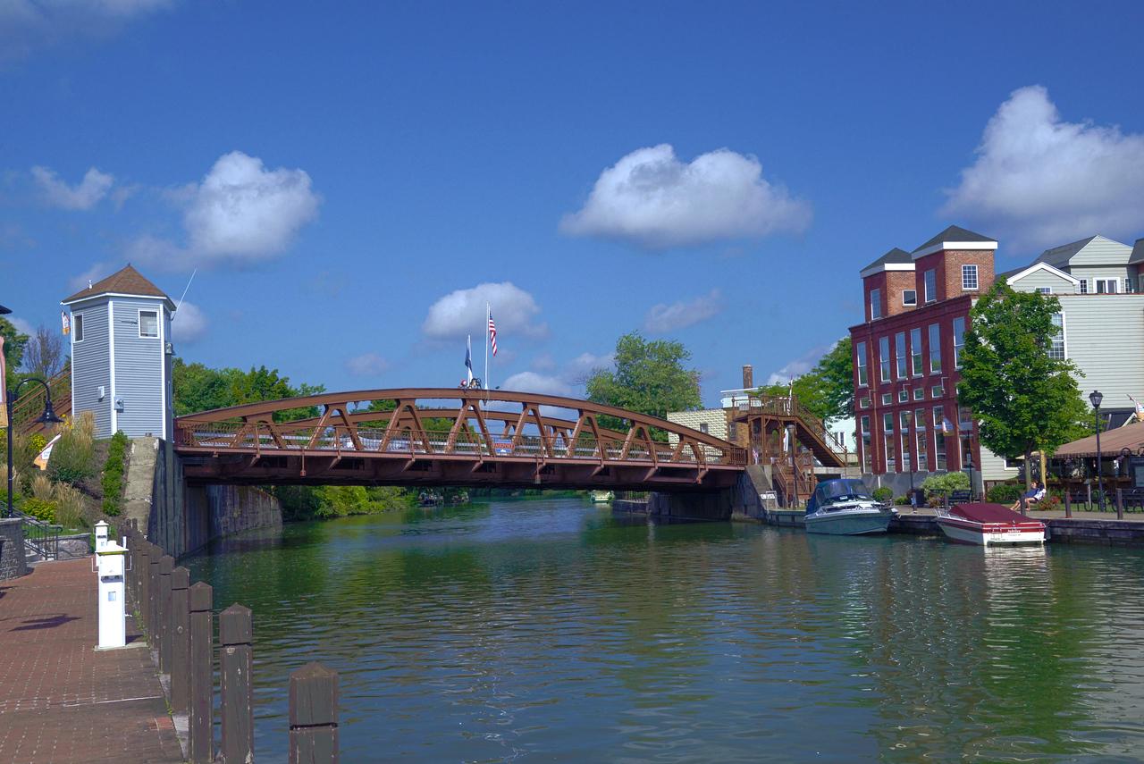 Erie Canal lift bridge in Fairport