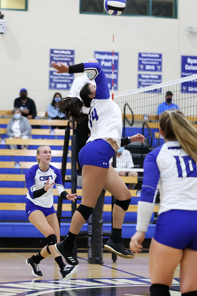 9.8.20 CSN Varsity VB vs Cardinal Mooney - Finals-34.jpg