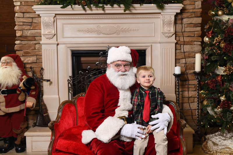 Santa2018.TylerBoye.-57.jpg