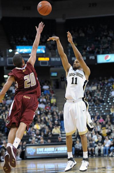 CJ Harris 3 point shot.jpg