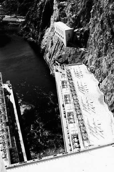 Hoover_Dam___Tiny_Cars.jpg