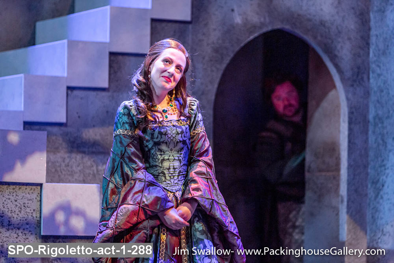 SPO-Rigoletto-act-1-288.jpg