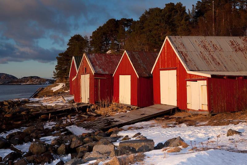 Flatanger huts.jpg
