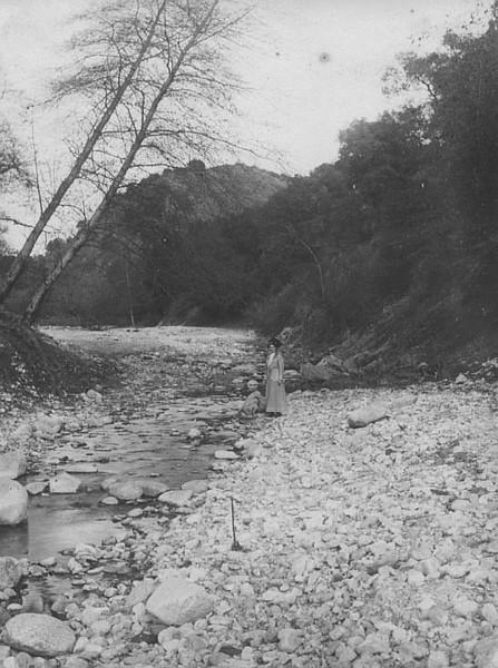 1912-River-woman.jpg