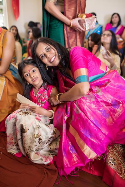 Hina_Pithi_Pooja-245.jpg