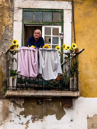 Portuguese Adventure: Lisbon People