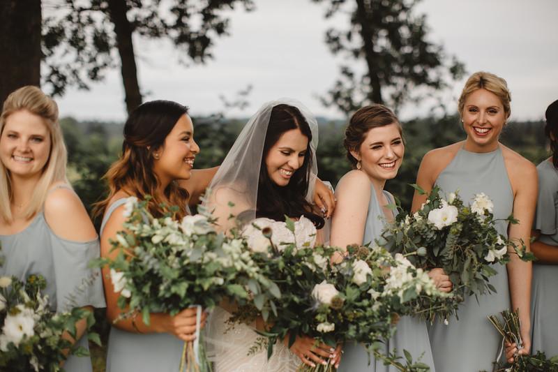 WeddingParty_210.jpg