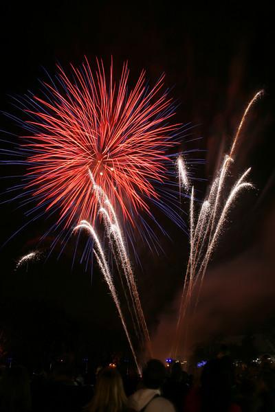 2007_1102putneyfireworks161.JPG