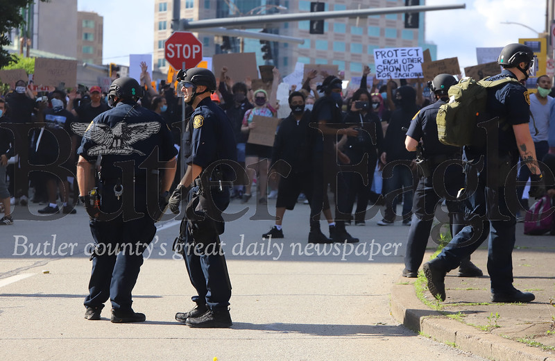 0601_loc_Pittsburgh Riot _2.jpg