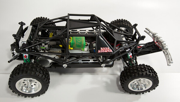 Bajaadicts Red Cross Raffle HPI Baja 5t Build