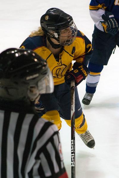 20130310 QWHockeyvsUBC 423.jpg