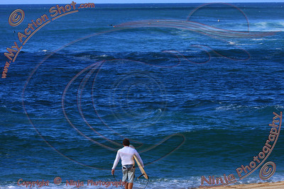 <font color=#F75D59> 2009_11_24 - Surfing Sunset, North Shore (OAHU) - Kurt</font>