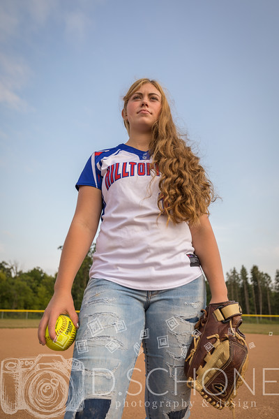 Maggie Wallin Softball-60.JPG