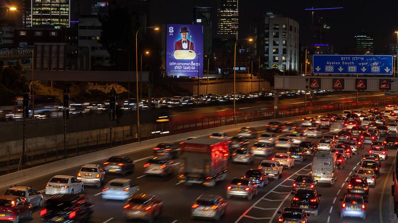 11-11-18 Huge Bezeq TLV Mozes (17 of 30).jpg