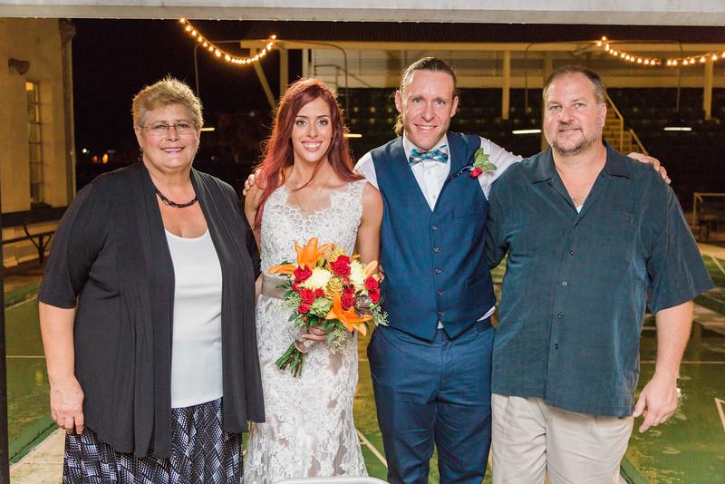 ELP1015 Tara &Phill St Pete Shuffleboard Club wedding reception 473.jpg