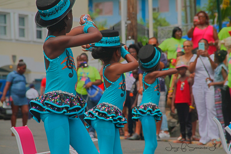 BLUE LITTLE DANCERS