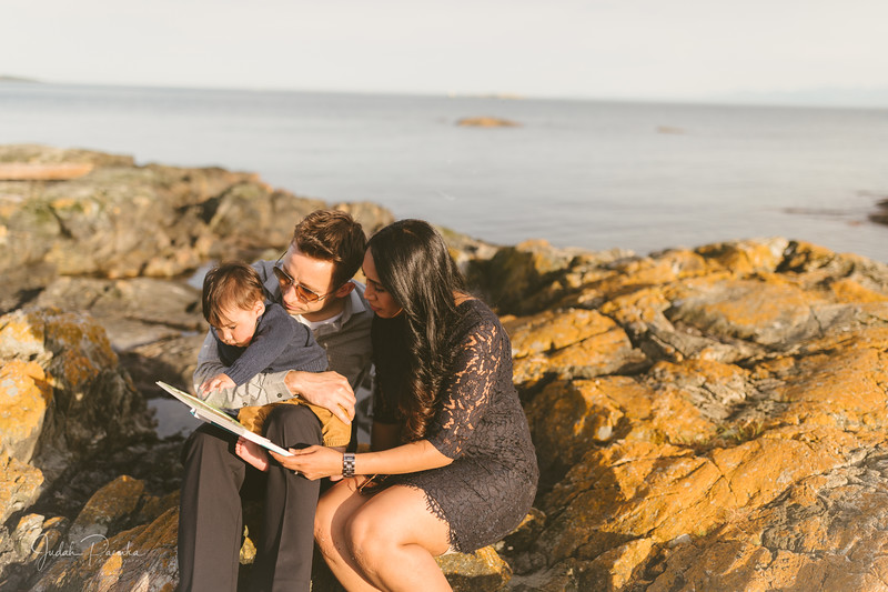 Baby Shower; Engagement Session; Mount Washington HCP Gardens; Chinese Village; Victoria BC Wedding Photographer-176.jpg